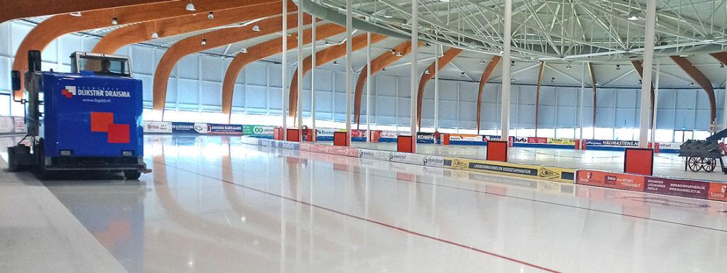 11stedenhal Leeuwarden schaatsen kunstijs