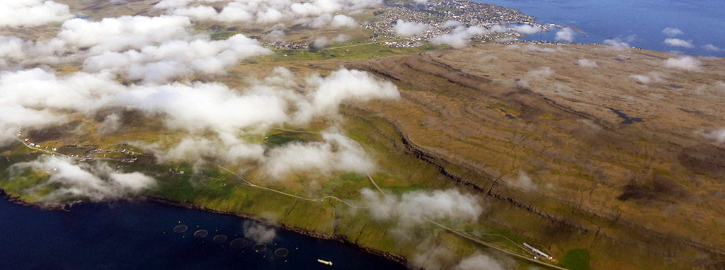 Faeröer; landing Vagar